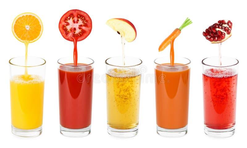 Fruit frais et jus de légumes photographie stock libre de droits