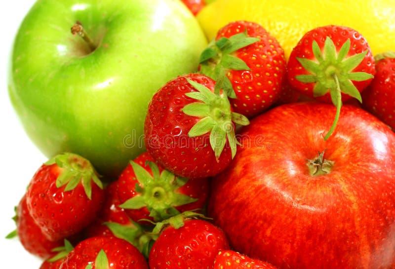 Fruit frais - pomme, fraise photo stock