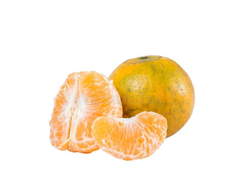 Fruit orange (cv de mandarine Sai Nam Pueng) d'isolement sur le blanc images stock