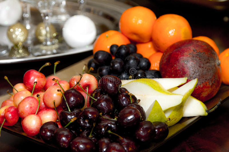 Fruit plate, cherries, Apple, pear stock photography