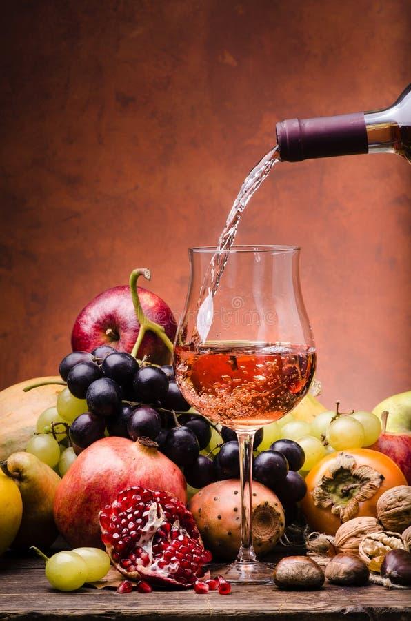 Fruit saisonnier, couleurs et saveurs d'automne photo libre de droits