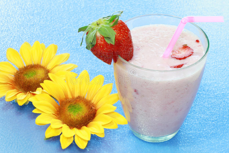 Fruit smoothies stock afbeeldingen