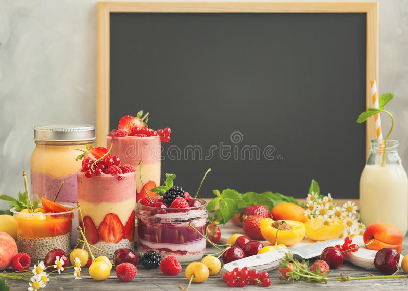 Fruitbes smoothie royalty-vrije stock foto's