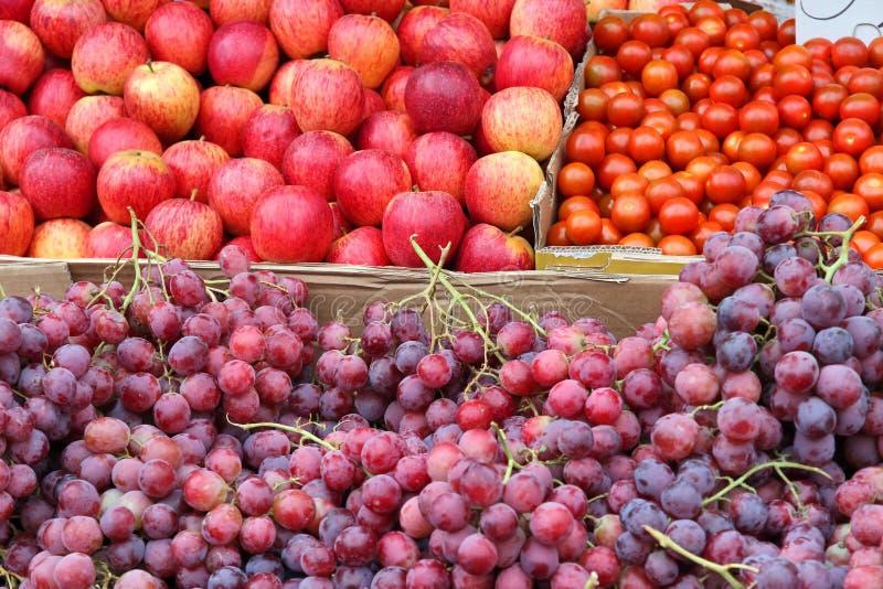 Download Fruitmarkt stock afbeelding. Afbeelding bestaande uit koninkrijk - 39112533