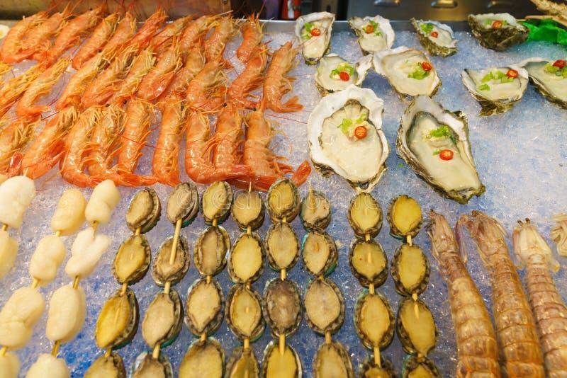 Fruits de mer de rue sur le marché de nuit de Taïwan images stock