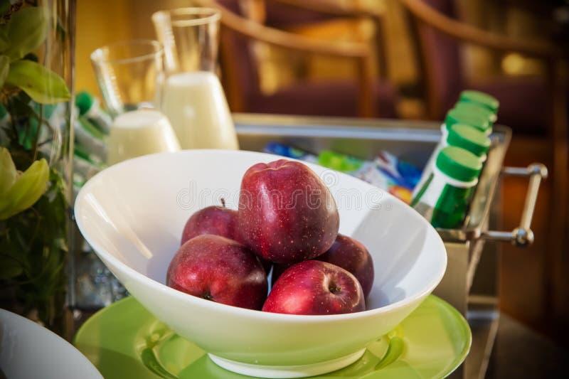 Fruits de petit déjeuner d'hôtel photo stock
