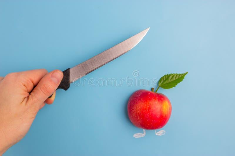 Fruits effrayés d'un couteau photos libres de droits