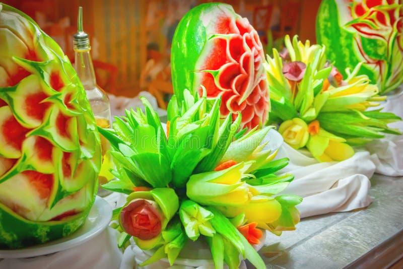 Fruits et légumes de coupe photos libres de droits