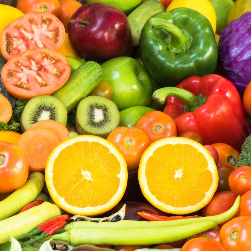 Fruits et légumes frais image libre de droits