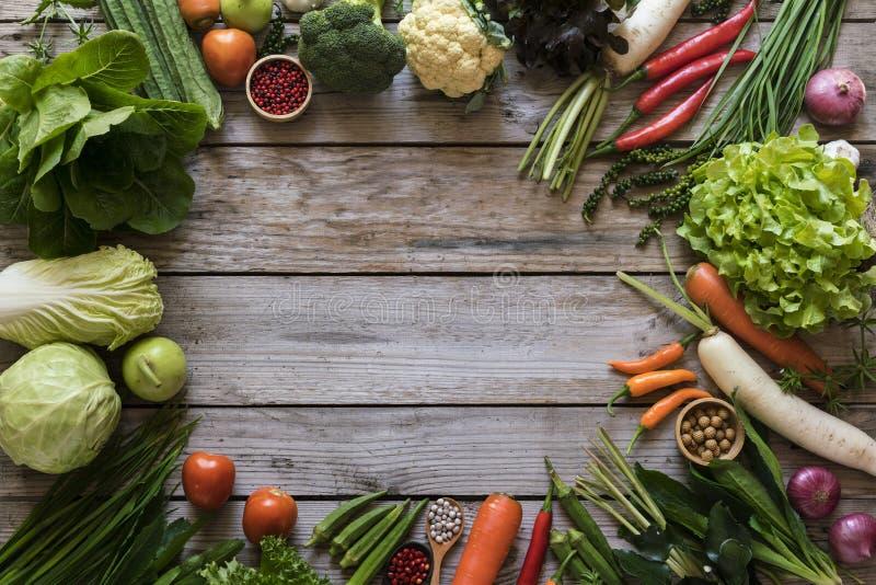 Fruits et légumes frais du marché d'agriculteurs image libre de droits