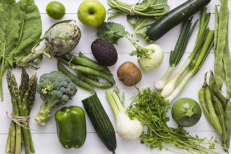 Fruits et légumes verts image libre de droits