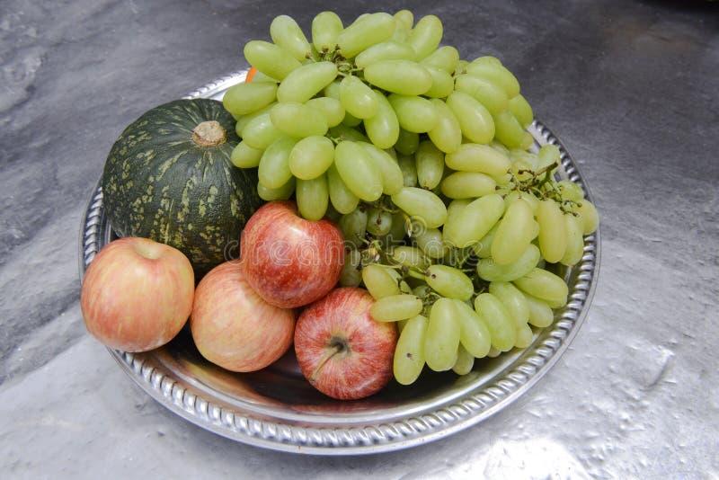 Fruits frais Fond mélangé de fruits Consommation saine, suivant un régime, fruits d'amour photos libres de droits