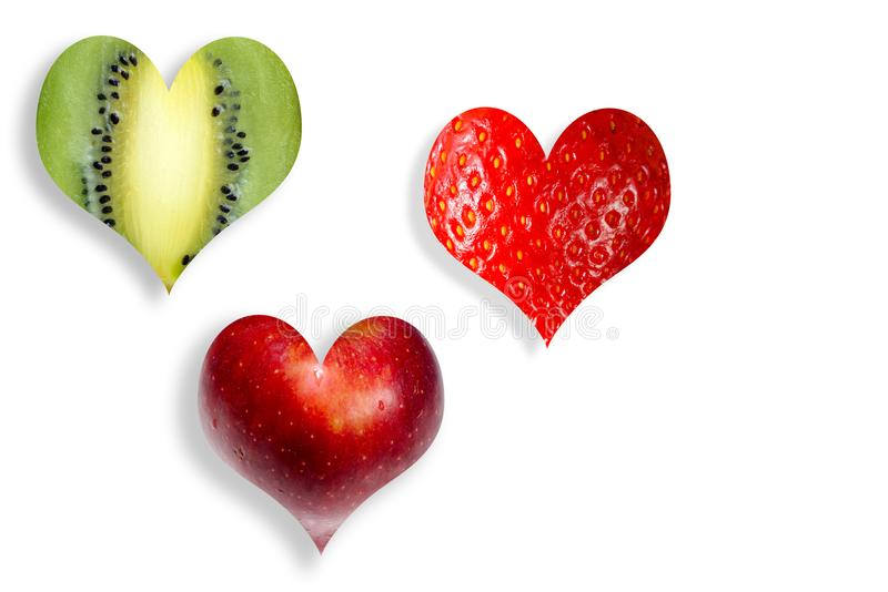 Fruits frais sous forme de coeur photos libres de droits