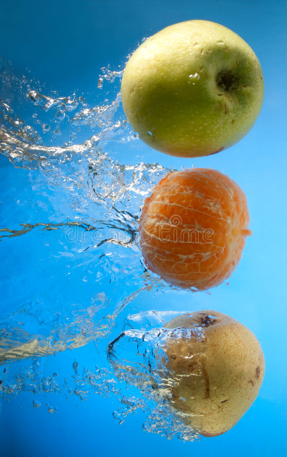 Free Fruits In Water Stock Photography - 8627442