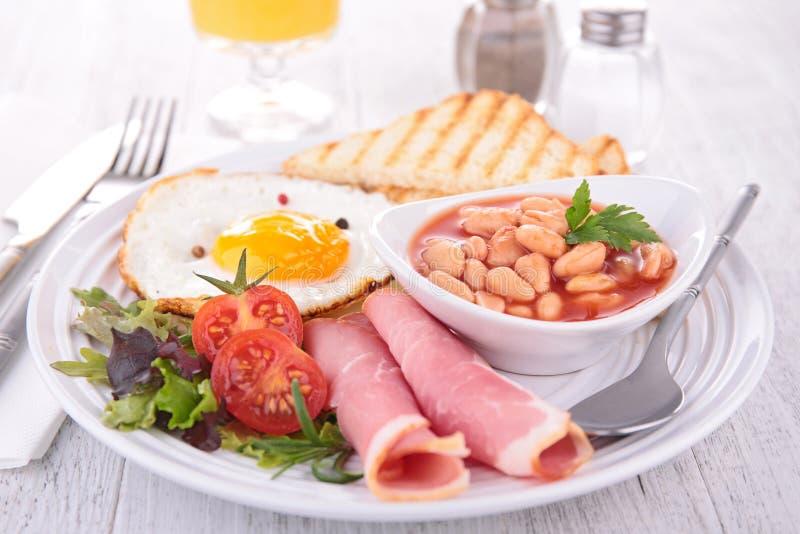 Download Frukost arkivfoto. Bild av toast, bruits, mål, cooked - 37346004