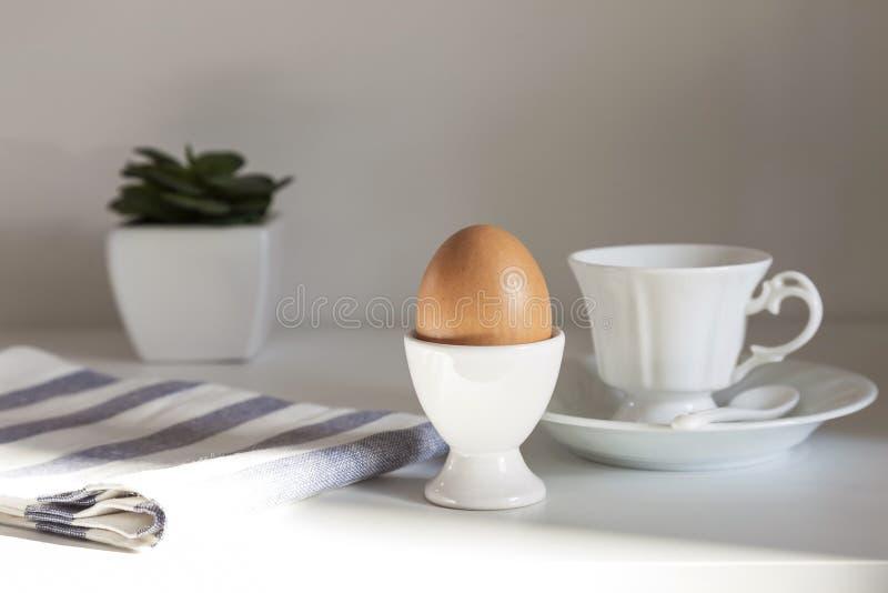 Frukost med ägget och kaffe royaltyfri foto