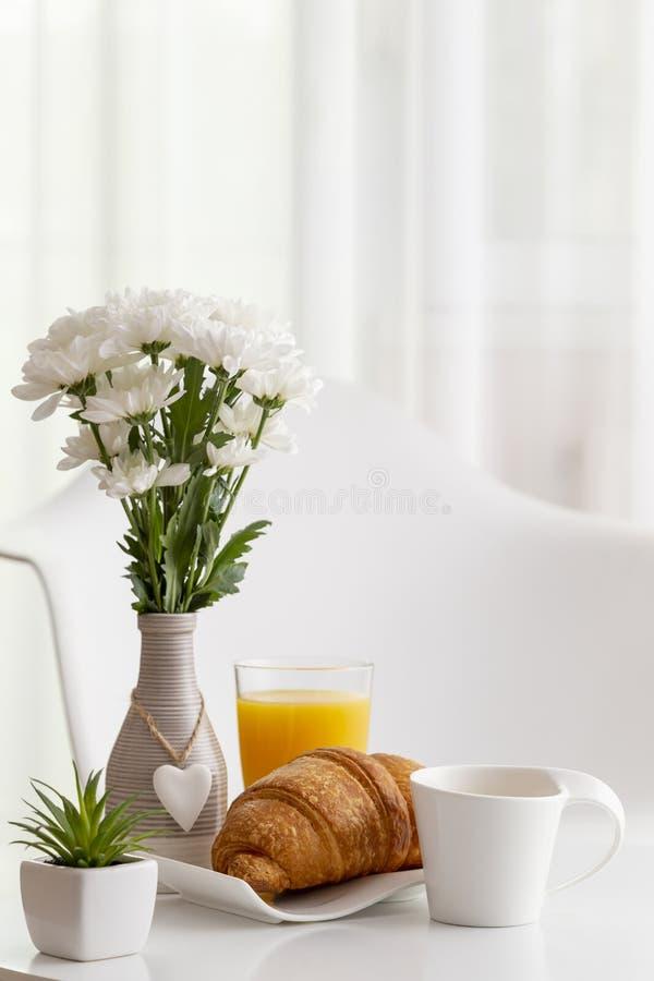 frukostera tabellen arkivfoto