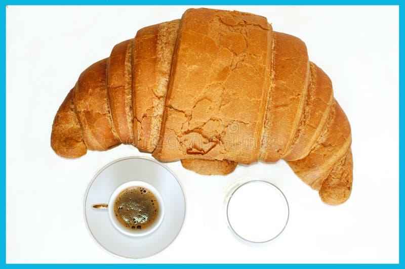 frukostmästare mjölkar fotografering för bildbyråer