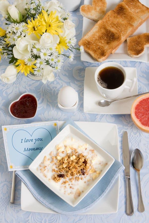 frukostmom arkivfoto