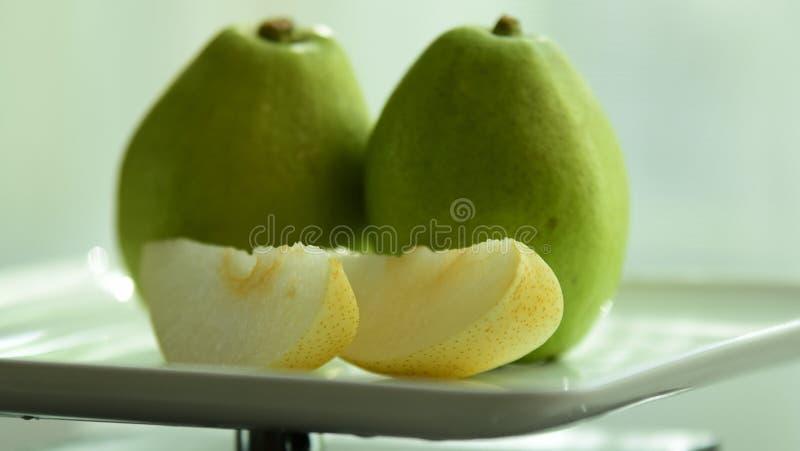 frukt är användbar till kroppen täta nya frukter upp Sunt äta och att banta begrepp arkivfoton