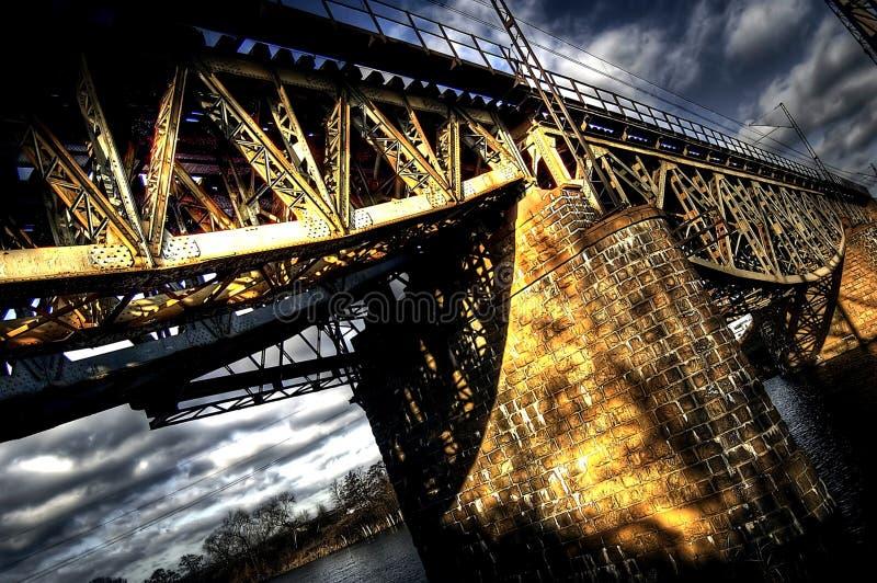 fruktansvärd bro arkivbild