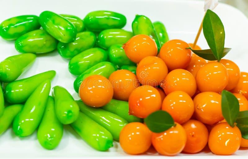 Fruktefterrätter Thailand som göras av sojabönor då täckt gelé royaltyfri foto