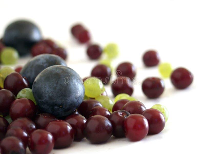 Download Frukter arkivfoto. Bild av många, druvor, färger, lott, frukt - 27328