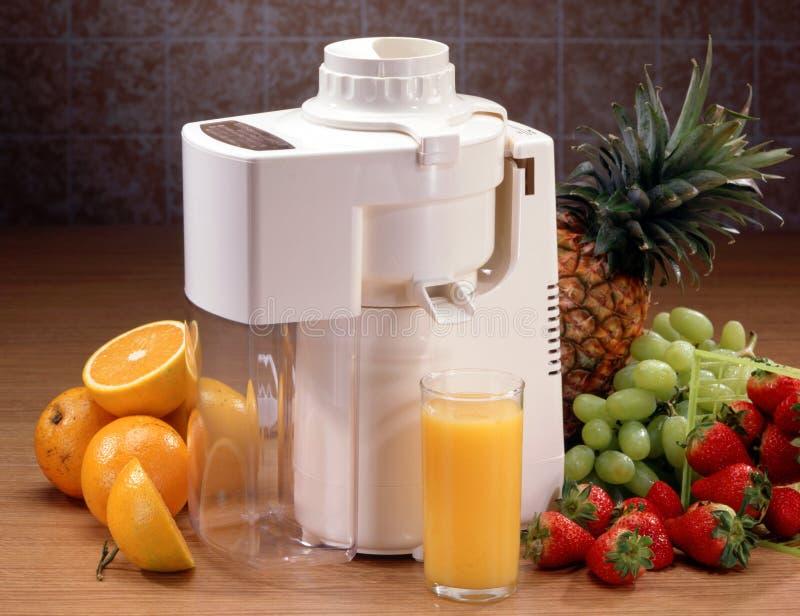 fruktexponeringsglasjuicer royaltyfri foto