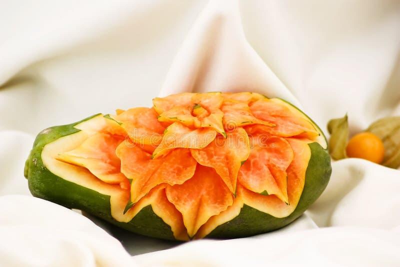 fruktskulptur royaltyfri foto
