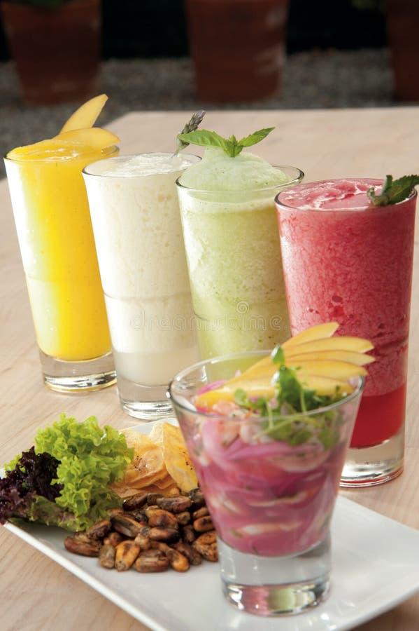 Fruktsmoothies royaltyfri foto