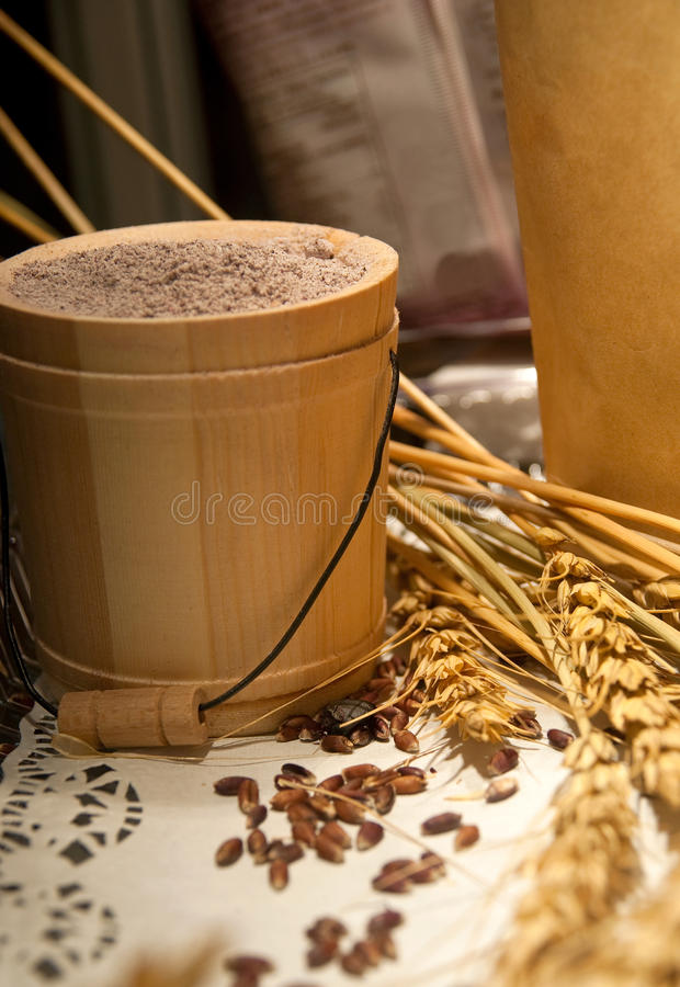 Frumento e granulo fotografie stock