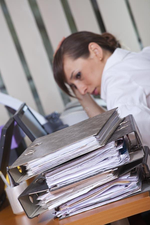 Frustrazione tramite lavoro immagini stock libere da diritti