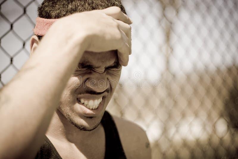 Frustrierter Athlet lizenzfreie stockfotografie
