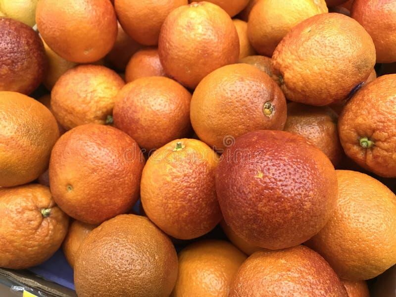 Fruta anaranjada del recién hecho en venta fotos de archivo libres de regalías