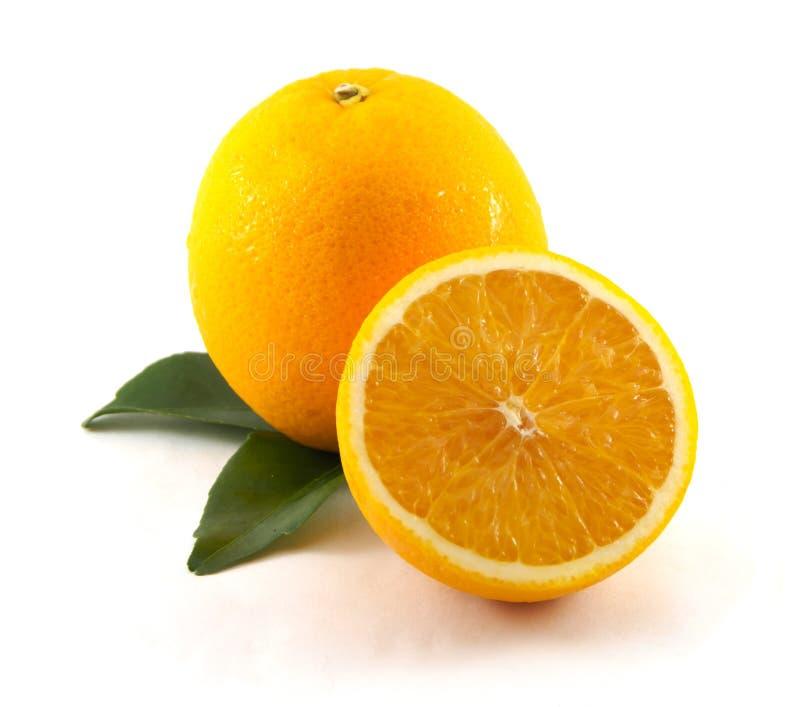 Fruta anaranjada en el fondo blanco fotografía de archivo libre de regalías
