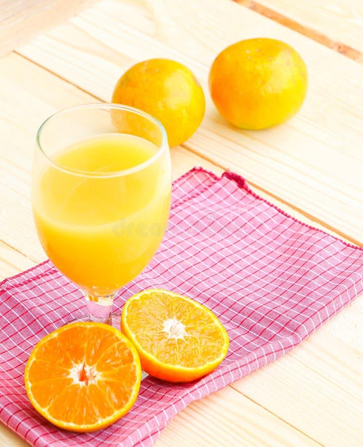 Fruta anaranjada orgánica fotos de archivo libres de regalías