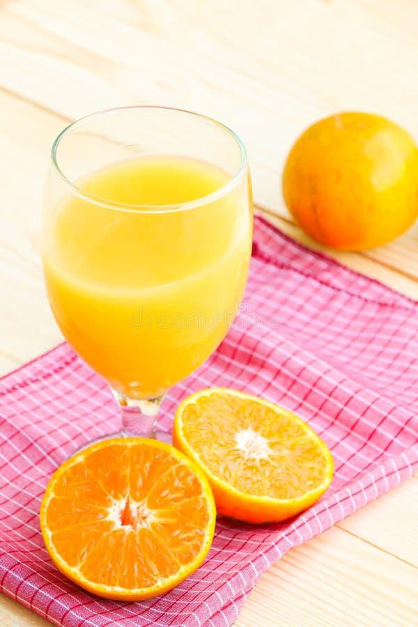 Fruta anaranjada orgánica fotos de archivo