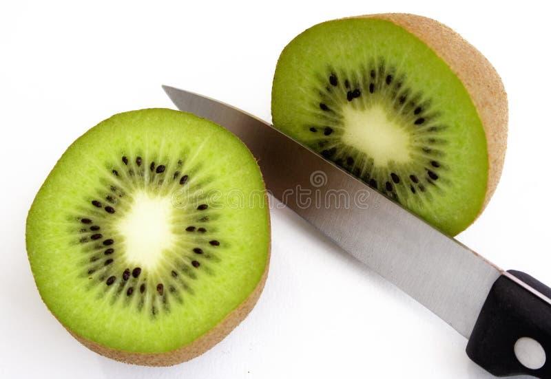 Kiwi Fruit cortado fotografía de archivo libre de regalías