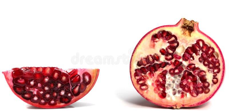 Fruta de la granada aislada en el fondo blanco fotos de archivo