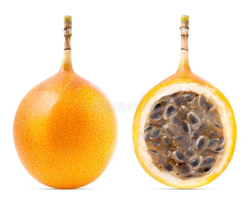 Fruta de la pasión de la granadilla o del grenadia aislada fotografía de archivo