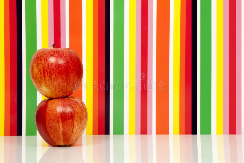 Fruta de las manzanas, fondo multicolor Apple fotografía de archivo libre de regalías