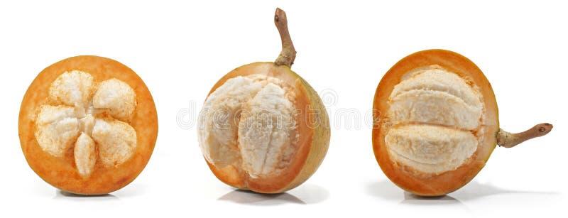 Fruta de Sentul o del sentol en blanco foto de archivo