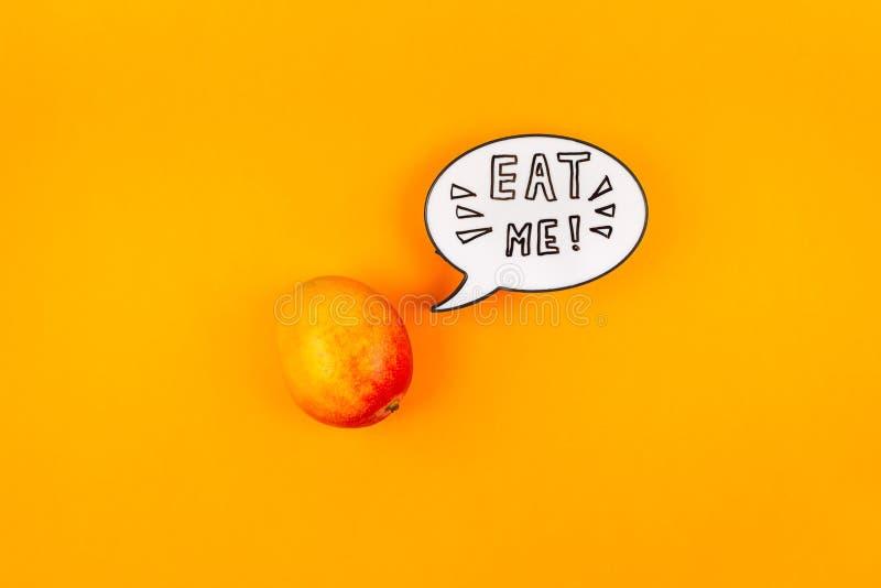 Fruta del mango en concepto creativo del estilo del arte pop foto de archivo