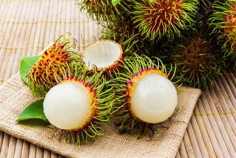 Download Fruta del Rambutan foto de archivo. Imagen de fresco - 41919366
