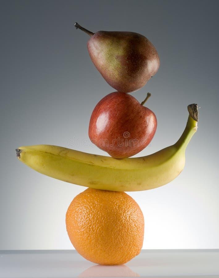 Fruta equilibrada fotografia de stock royalty free