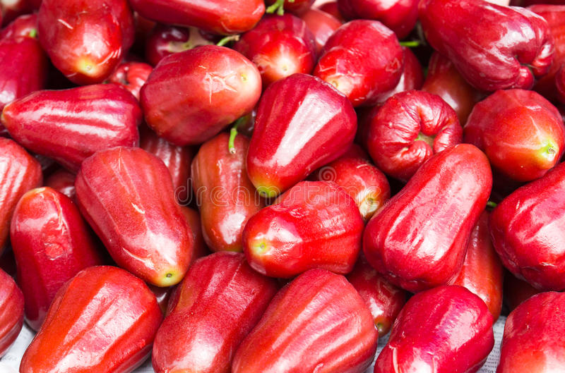 Fruta fresca da maçã cor-de-rosa fotos de stock