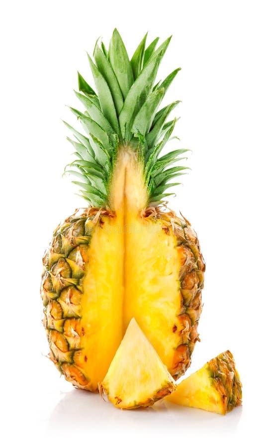 Fruta fresca do ananás com corte fotografia de stock royalty free
