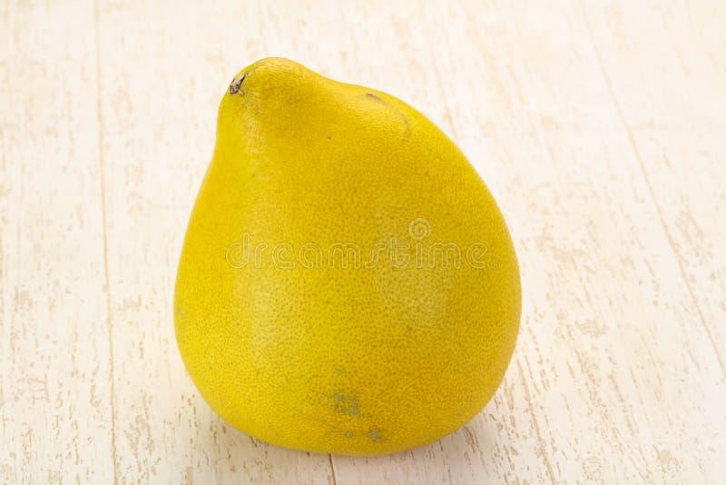 Fruta fresca madura del pomelo imagen de archivo libre de regalías
