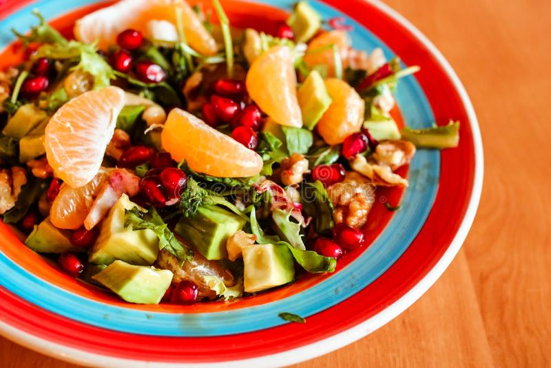Fruta fresca y ensalada de las bayas Fondo sano de la comida de la vitamina fotos de archivo libres de regalías