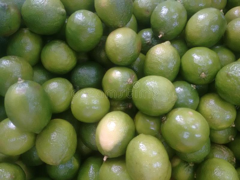 Fruta tropical del limón del verde amarillo foto de archivo